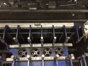 test ford 6.0-6.4-cylinder heads for cracks